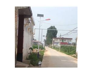2016年8月18号原雷竞技官网手机版县代召乡曹乐堡村美丽乡村建设街道亮化完成施工 (2)